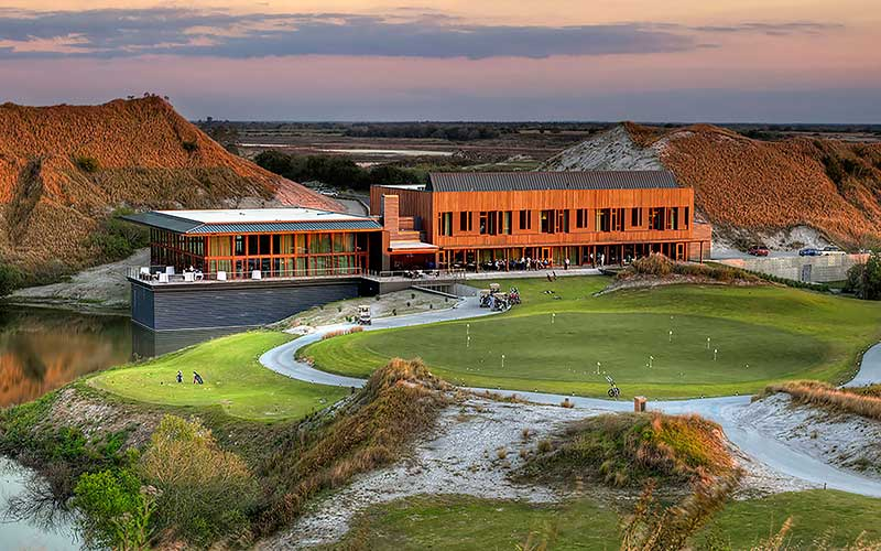STREAMSONG LODGING & CLUBHOUSE