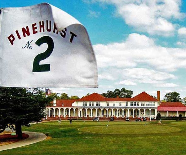 Pinehurst & Southern Pines<br>3 nights / 4 rounds<br>From $590 USD pp